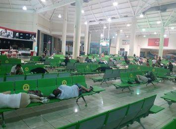 Polacy uwięzieni na Dominikanie. Winny zepsuty samolot