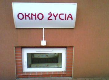 2-letnia dziewczynka w częstochowskim Oknie Życia