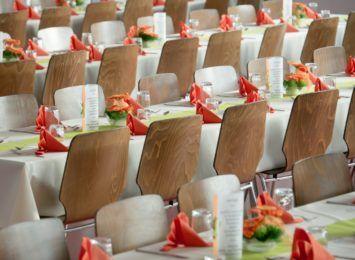 Wraca organizacja wesel - od 15 maja na świeżym powietrzu, od 29 maja w salach, ale z limitem