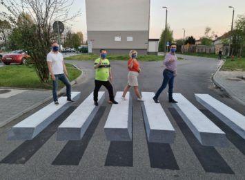 W Częstochowie powstały pierwsze pasy dla pieszych w 3D. Na razie pilotażowo