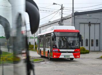 Pierwsze 5 autobusów elektrycznych dojechało do MPK. Pozostałe dojadą przed wakacjami