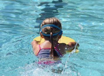 Więcej pływaków podczas gorących dni. Straż miejska przypomina o zasadach
