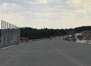 """""""Gierkówka"""" przechodzi do historii. Od piątku (13.08) przejedziemy już odcinkiem A1 między Piotrkowem i Kamieńskiem"""