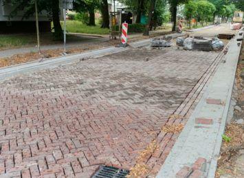Ulica Glogera znów przejezdna. Ponownie ułożono na niej kilkudziesięcioletni klinkier