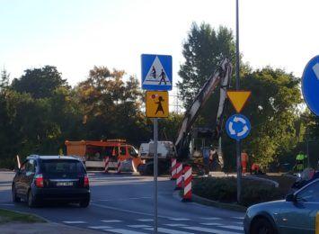 Kierowcy, uważajcie na Warszawskiej! Powstaje nowa droga u zbiegu z Cmentarną