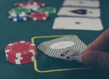 Skarbówka ostrzega przed hazardem. To karalne dla organizatorów, ale i dla graczy