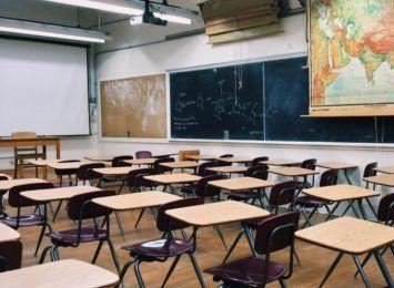 Pierwszy dzwonek i pierwsze lekcje - prawdziwy początek szkoły. Tym razem głosem licealistów