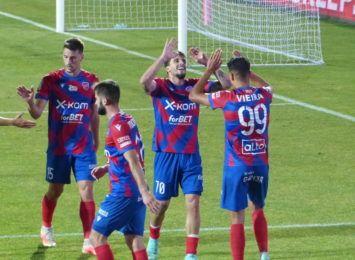 Raków Częstochowa w kolejnej rundzie Fortuna Pucharu Polski. Kalisz pokonany
