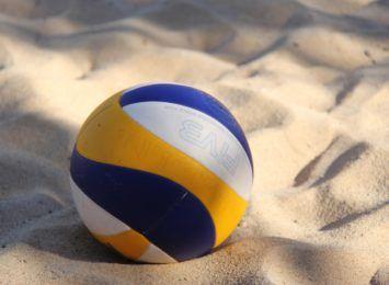 Zagrajmy w siatkówkę plażową i kibicujmy w niedzielę 12 IX. Jurajska Open 40+